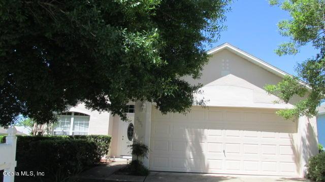 2621 SW 20TH CIRCLE, Ocala, FL 34471 (MLS #538172) :: Realty Executives Mid Florida