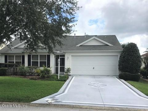490 Weston Manor Drive, The Villages, FL 32162 (MLS #538182) :: Realty Executives Mid Florida