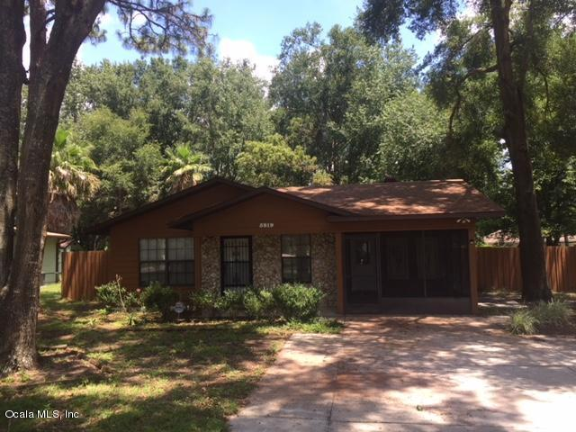 5819 NW 62nd Place, Ocala, FL 34482 (MLS #538971) :: Bosshardt Realty