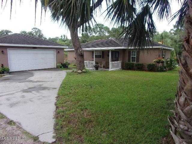 9845 NE 303 Avenue, Salt Springs, FL 32134 (MLS #539572) :: Bosshardt Realty
