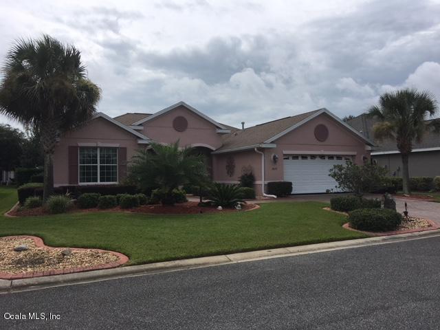 8655 SW 86th Circle, Ocala, FL 34481 (MLS #540433) :: Bosshardt Realty