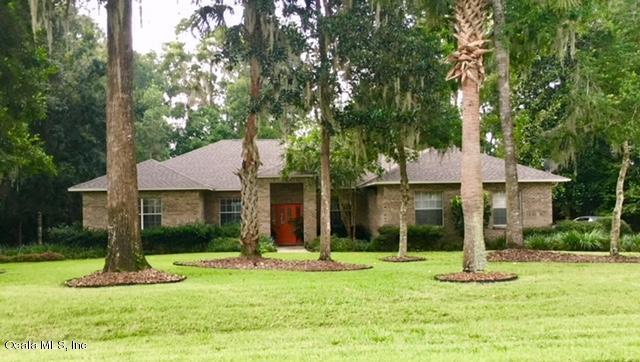 821 SE 36th Lane, Ocala, FL 34471 (MLS #540566) :: Thomas Group Realty