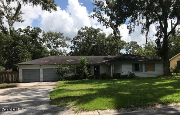 3908 SE 15th Street, Ocala, FL 34471 (MLS #540779) :: Realty Executives Mid Florida