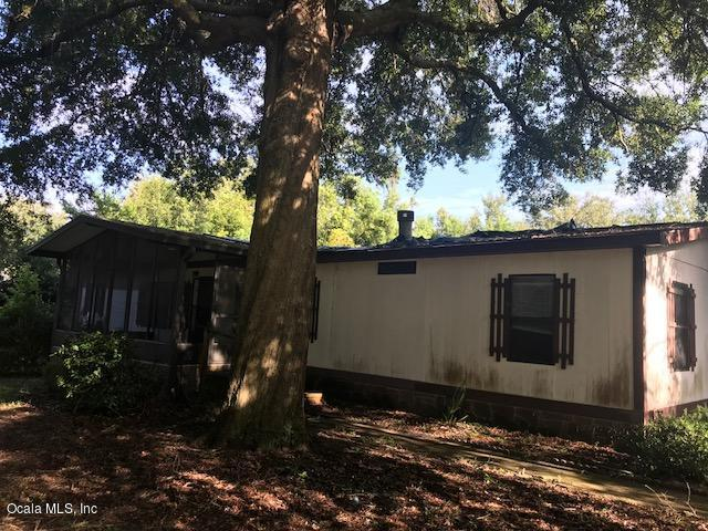 5731 SW 62nd Place, Ocala, FL 34474 (MLS #542012) :: Realty Executives Mid Florida