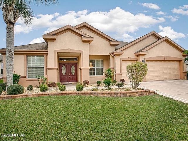 13687 SE 91st Avenue, Summerfield, FL 34491 (MLS #542370) :: Pepine Realty