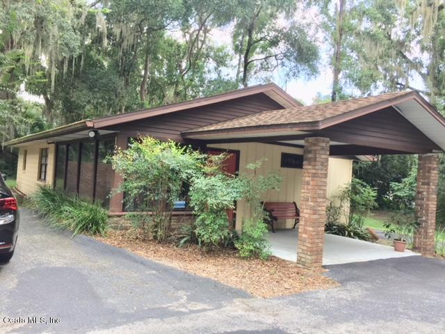 1216 SE 24th Road, Ocala, FL 34471 (MLS #542520) :: Pepine Realty