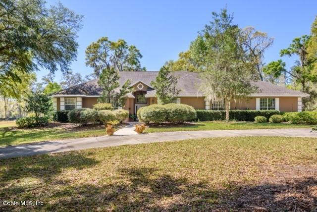 9174 SE 7th Avenue Road Road, Ocala, FL 34480 (MLS #542713) :: Bosshardt Realty