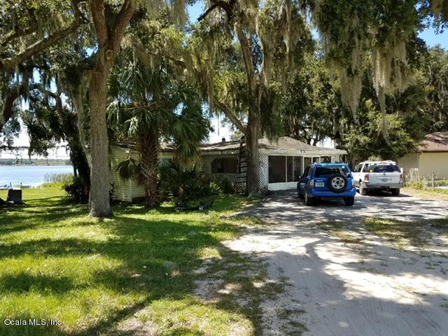 11990 SE 123rd Avenue, Ocklawaha, FL 32179 (MLS #542919) :: Pepine Realty