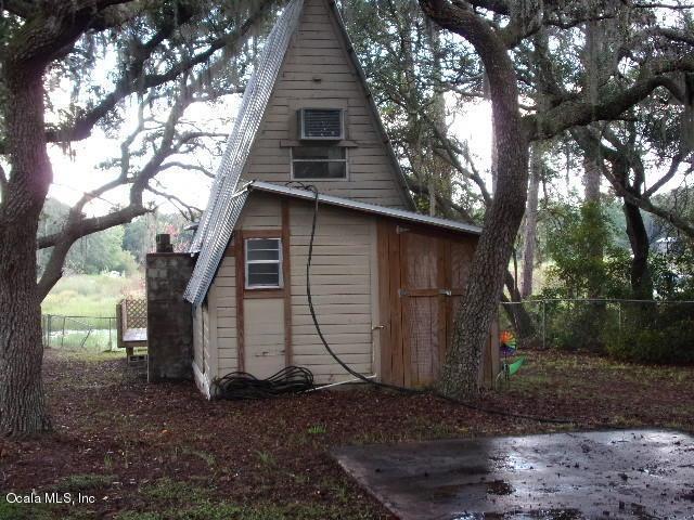 15225 NE 240 Court, Salt Springs, FL 32134 (MLS #543621) :: Bosshardt Realty