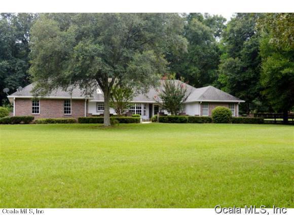 1795 NW 114 Loop, Ocala, FL 34475 (MLS #544096) :: Bosshardt Realty
