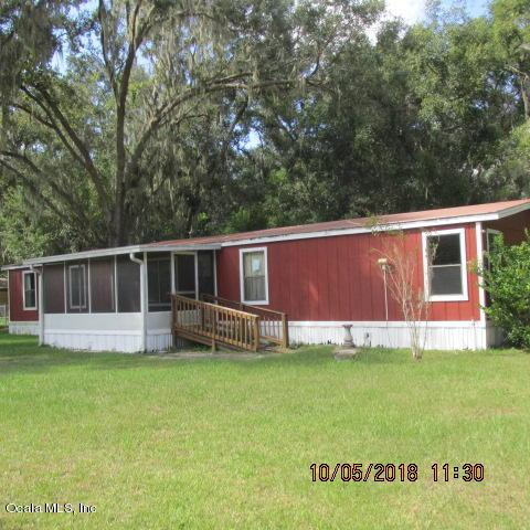 12360 SE 130th Avenue, Ocklawaha, FL 32179 (MLS #544356) :: Pepine Realty