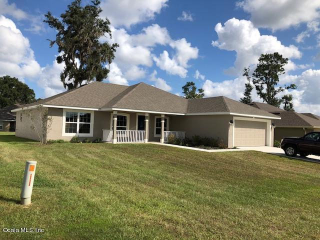 3835 SE 99th Street, Belleview, FL 34420 (MLS #544428) :: Realty Executives Mid Florida