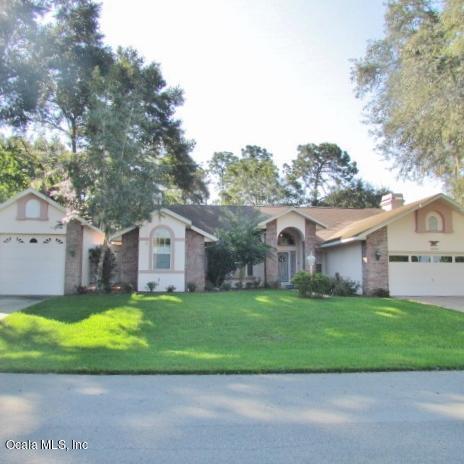 19794 SW 93rd Lane, Dunnellon, FL 34432 (MLS #544826) :: Bosshardt Realty