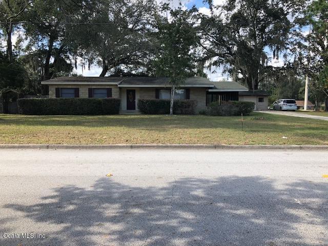 578 NE 44th Avenue, Ocala, FL 34470 (MLS #546027) :: Bosshardt Realty