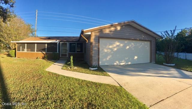4607 NW 44th Ct Court, Ocala, FL 34482 (MLS #546538) :: Bosshardt Realty