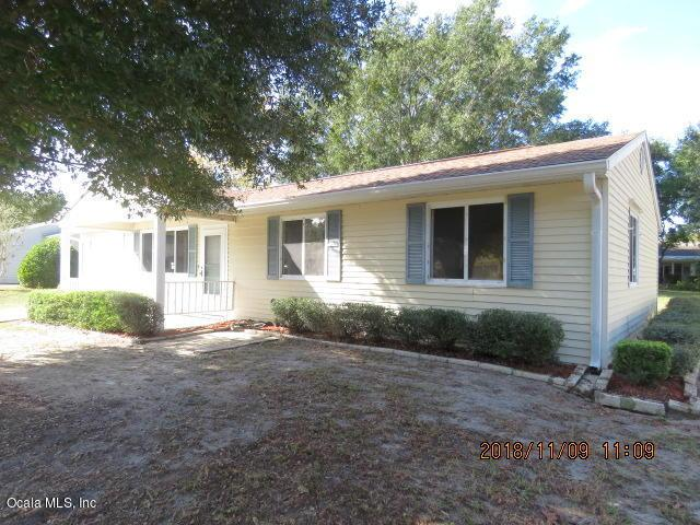 10842 SW 90th Terrace, Ocala, FL 34481 (MLS #547244) :: Realty Executives Mid Florida