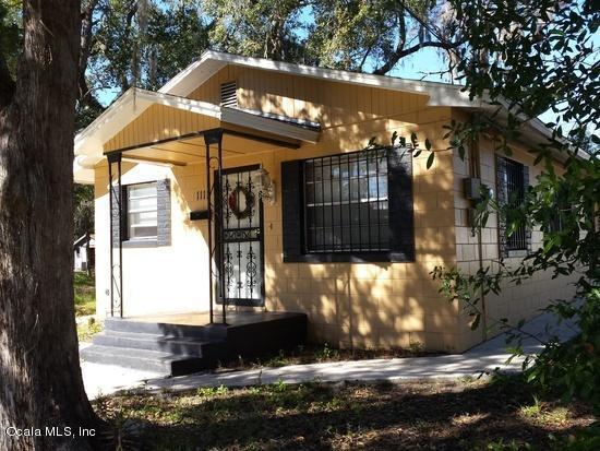 1111 SW 2nd Street, Ocala, FL 34471 (MLS #548001) :: Bosshardt Realty