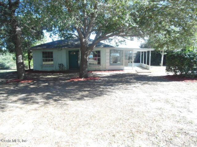 10645 SE Hwy 464C, Ocklawaha, FL 32179 (MLS #548413) :: Bosshardt Realty