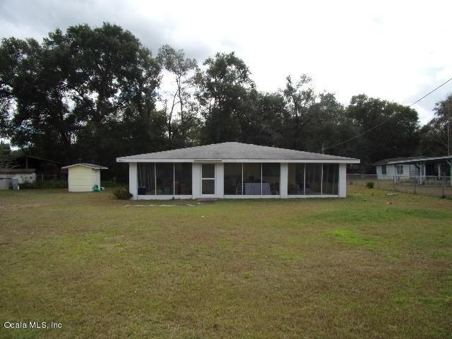 24420 NE 127 Street, Salt Springs, FL 32134 (MLS #548880) :: Realty Executives Mid Florida