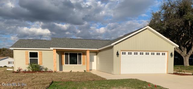17551 SE 105th Terrace, Summerfield, FL 34491 (MLS #548968) :: Bosshardt Realty