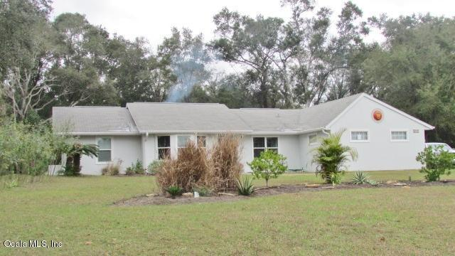 19757 SW 88 Place Road, Dunnellon, FL 34432 (MLS #549142) :: Pepine Realty