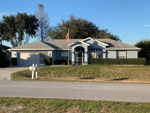 4959 NW 32nd Place, Ocala, FL 34482 (MLS #549267) :: Bosshardt Realty