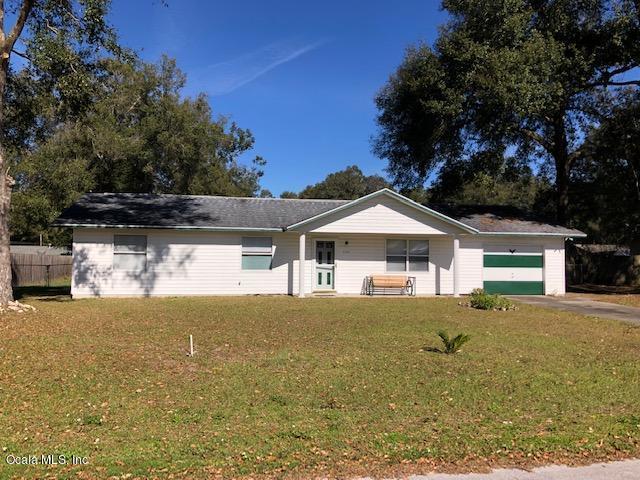 2301 NE 44 Street, Ocala, FL 34479 (MLS #549275) :: Bosshardt Realty