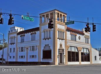 939 N Magnolia Avenue, Ocala, FL 34475 (MLS #549344) :: Pepine Realty