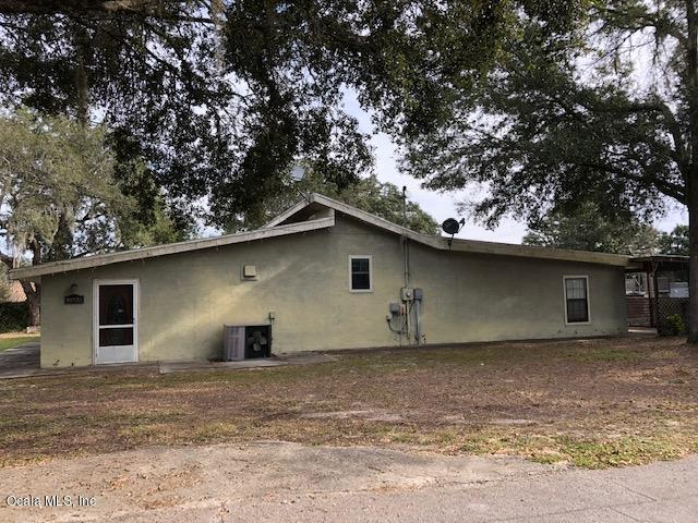 16935 SE 101st Court Road, Summerfield, FL 34491 (MLS #550283) :: Realty Executives Mid Florida