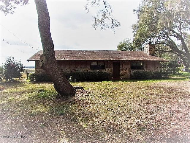 21550 NE 151 Place, Salt Springs, FL 32134 (MLS #551214) :: Bosshardt Realty