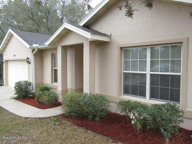 9498 SE 106 Place, Belleview, FL 34420 (MLS #551335) :: Realty Executives Mid Florida