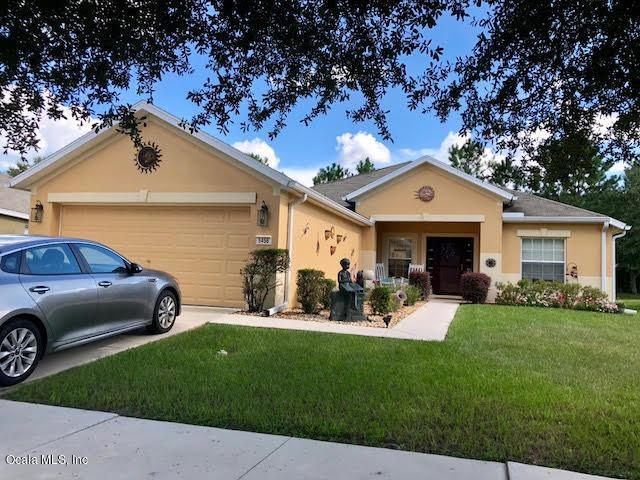 5456 SW 41st Street, Ocala, FL 34474 (MLS #551598) :: Realty Executives Mid Florida