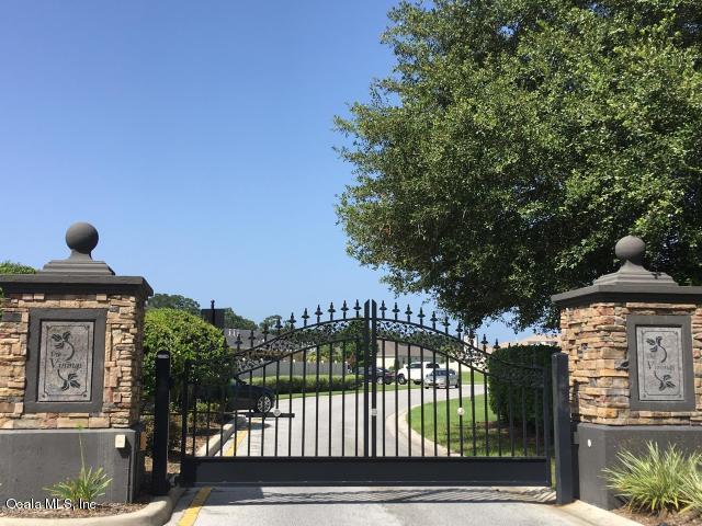 3955 SE 43 Circle, Ocala, FL 34480 (MLS #552214) :: Realty Executives Mid Florida