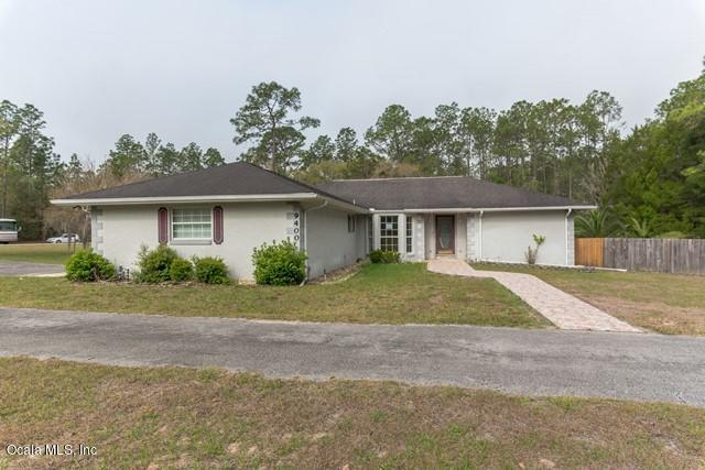 9400 SW 206th Court Road, Dunnellon, FL 34431 (MLS #552654) :: Realty Executives Mid Florida