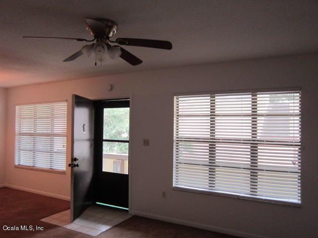2443 NE 7th Street #5, Ocala, FL 34470 (MLS #554700) :: Pepine Realty