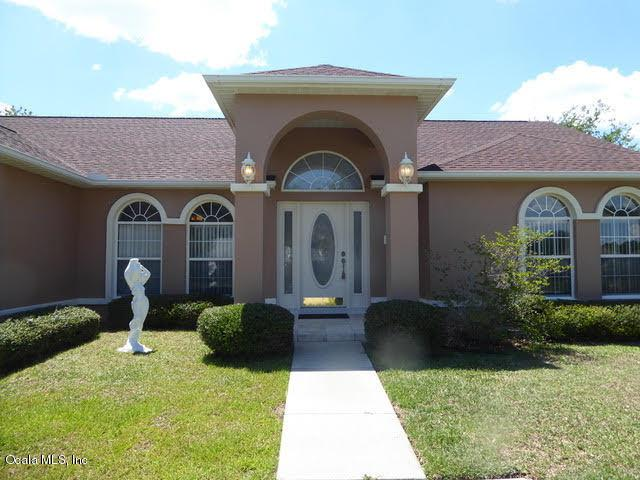 8 Hickory Loop Terrace, Ocala, FL 34472 (MLS #556834) :: Realty Executives Mid Florida