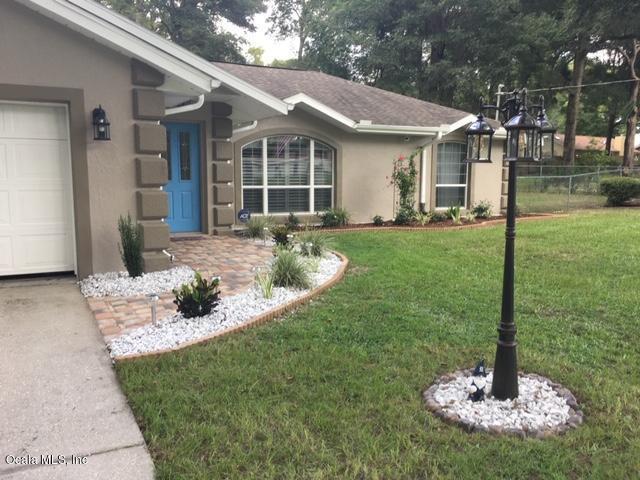 3251 NE 25th Avenue, Ocala, FL 34479 (MLS #558736) :: Pepine Realty