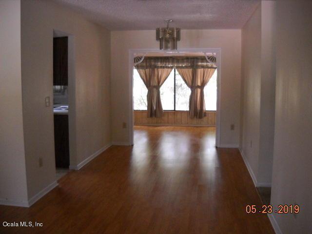 9035 SW 104th Lane, Ocala, FL 34481 (MLS #559026) :: Pepine Realty