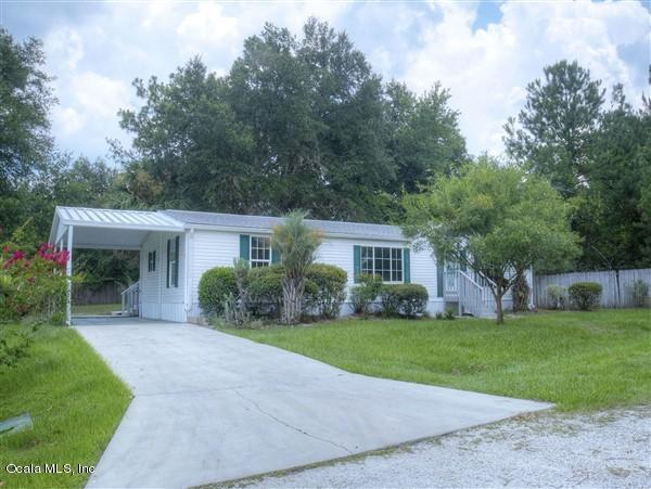 16132 NE 2 Loop, Silver Springs, FL 34488 (MLS #559258) :: Bosshardt Realty
