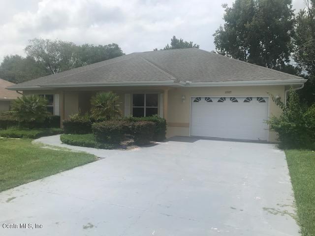 11327 SE 175th Place, Summerfield, FL 34491 (MLS #559381) :: Pepine Realty