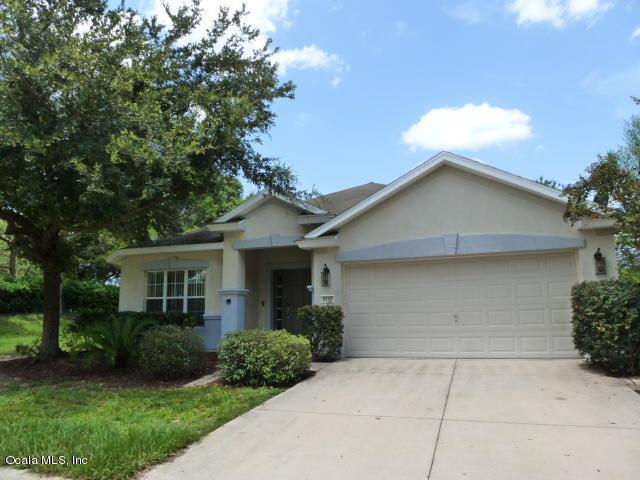 4142 SW 51st Court, Ocala, FL 34474 (MLS #559633) :: Pepine Realty