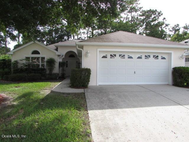 11709 SW 72nd Circle, Ocala, FL 34476 (MLS #559681) :: Thomas Group Realty