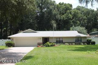 10645 SW 69th Terrace, Ocala, FL 34476 (MLS #560077) :: Pepine Realty