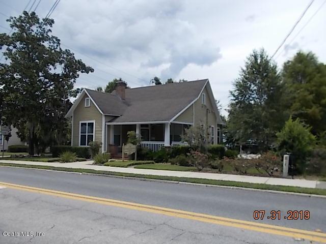 207 SE 8th Street, Ocala, FL 34471 (MLS #560435) :: Bosshardt Realty