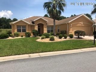 13285 SE 97th Terrace Road, Summerfield, FL 34491 (MLS #561084) :: Bosshardt Realty