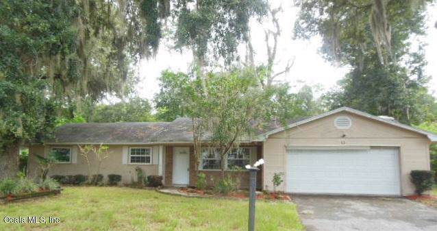 4051 SE 22nd Avenue, Ocala, FL 34480 (MLS #562943) :: Thomas Group Realty