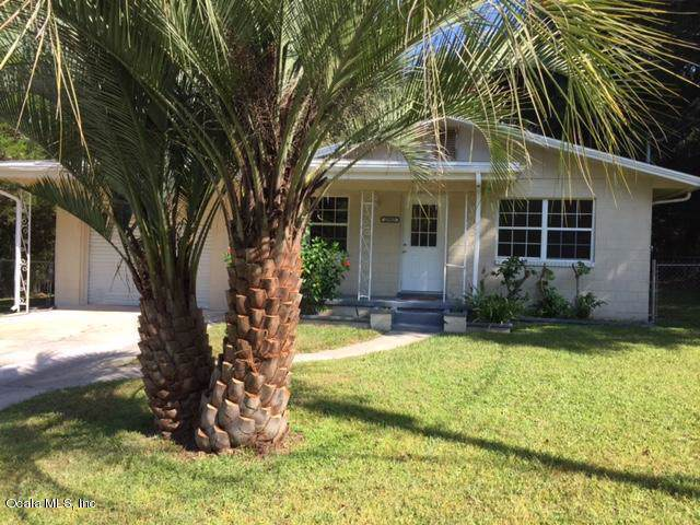 20903 SW Peacock Drive, Dunnellon, FL 34431 (MLS #562981) :: Pepine Realty