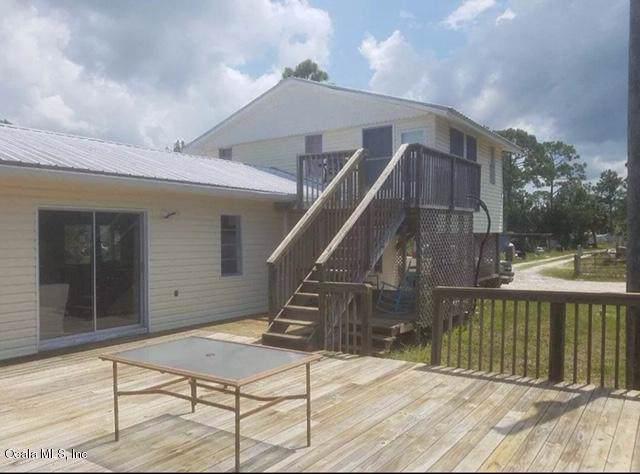 20095 Parker Padgett, Perry, FL 32348 (MLS #563047) :: Bosshardt Realty