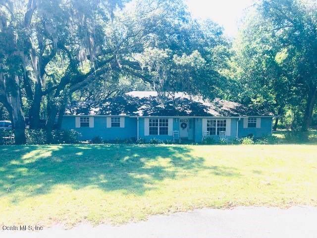 36510 Tripp Court, Fruitland Park, FL 34731 (MLS #563763) :: Bosshardt Realty