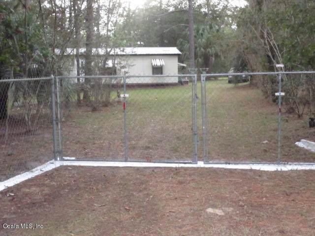 4700 SW 183rd Terrace, Dunnellon, FL 34432 (MLS #564296) :: Pepine Realty